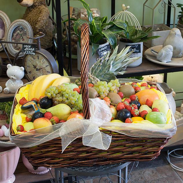 "Корзина с фруктами ""Tutti Frutti"""