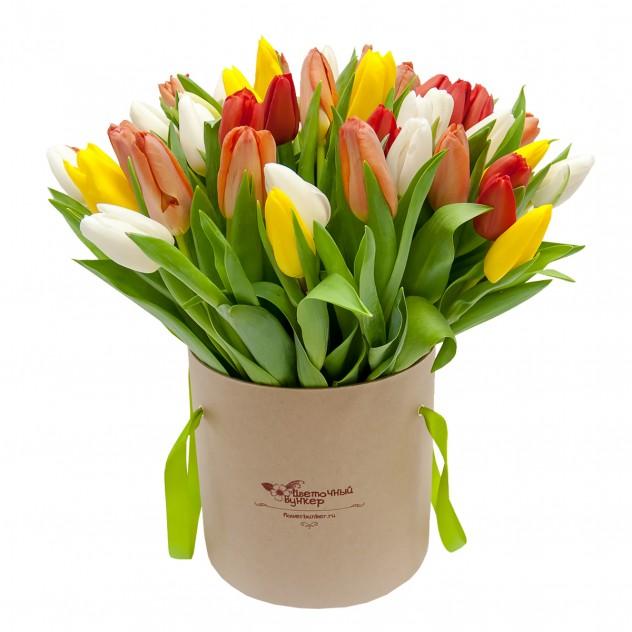 "Тюльпаны в шляпной коробке ""Амстердам"""