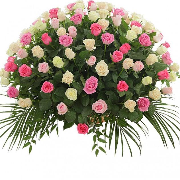 Корзина из 101 нежной розы