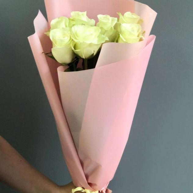 """Букет из 7 белых роз """"Маргарита"""""""