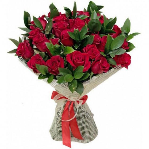 """Букет из красных роз """"Госпожа Бовари"""""""