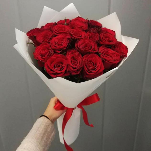 """Букет из 29 роз """"Самой нежной"""""""