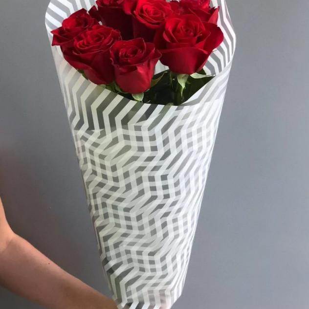 """Букет из 7 роз """"Виктория"""""""