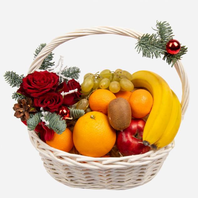 "Корзина с фруктами ""Зимний натюрморт"""